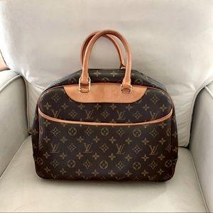 Louis Vuitton Deauville handbag